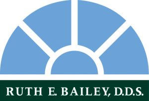 logo.ruthbailey.2C